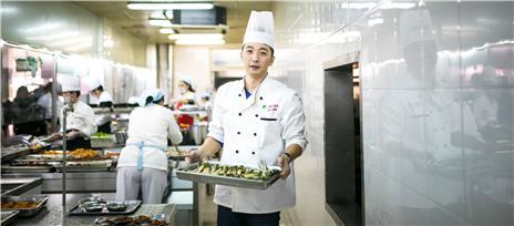 """师大食堂""""重装上阵"""",新式菜品..."""